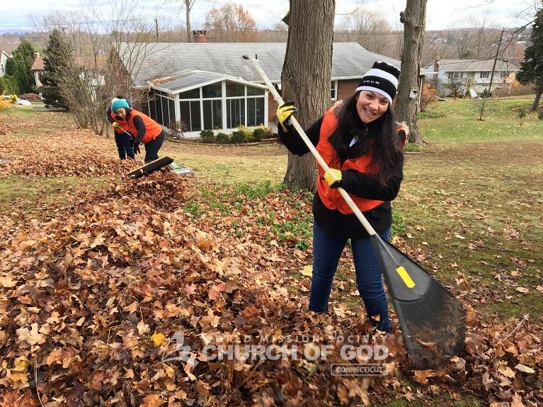World Mission Society Church of God, wmscog, CT, Middletown, Connecticut, senior, citizen, yard, lawn, cleanup, neighbor, neighborhood, volunteer, community service